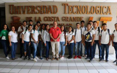 Estudiantes del COBACH de Pantla visitan a la UTCGG