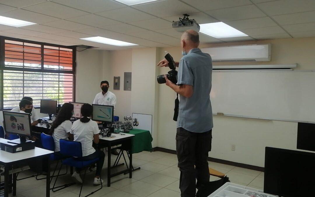 Personal del IGIFE visita las instalaciones de la UTCGG